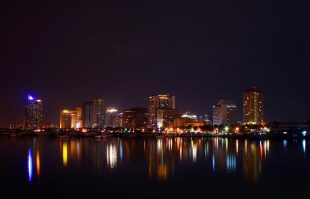 Manila_by_night
